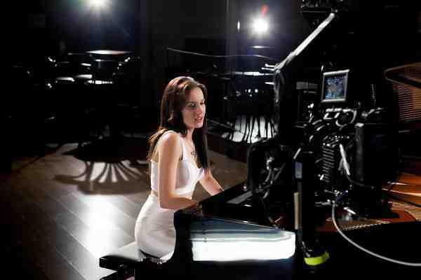 """Kristína predstavuje nový singel """"Navždy"""", ktorý vznikol ako svadobný dar!"""