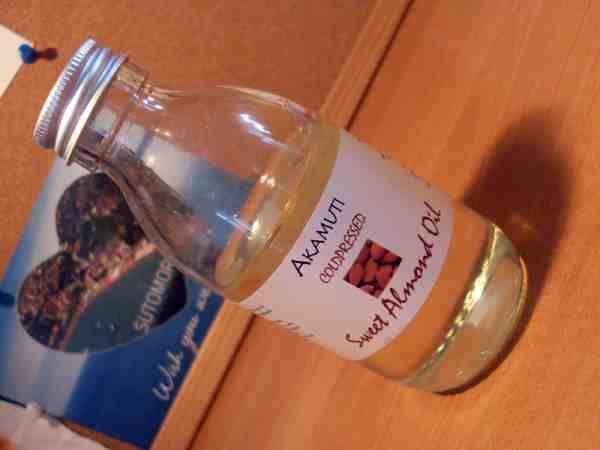Súťaž o mandľový olej značky Akamuti