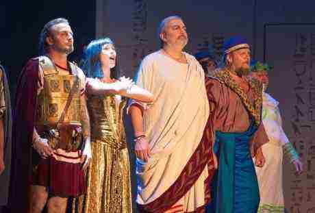 Přijďte za Kleopatrou na Broadway!