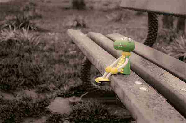 Byť sám neznamená byť osamotený