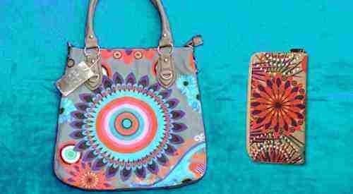Súťaž o trendy pestrofarebnú dámsku kabelku a peňaženku