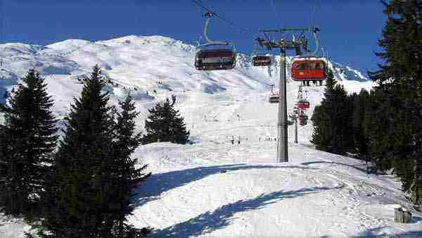 Súťaž o lyžovačku v rakúskych Alpách
