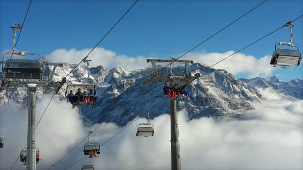 Hrajte a užite si Lyžovačku v Alpách s Rádiom Slovensko!