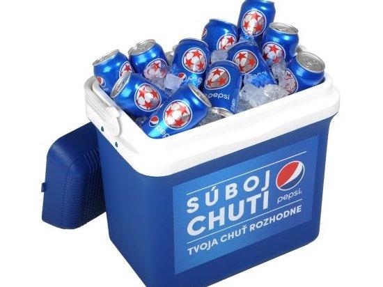 Súťažte o chladiaci box plný plechoviek PEPSI