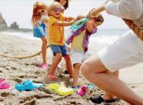 Užijte si barevné léto se značkou Crocs
