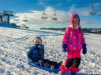 Súťažte o 6-dňovú permanentku v hodnote 90 eur v lyžiarskom stredisku ORAVA SNOW