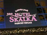 Soutěž, ubytování pro 2 osoby na 5 dní s polopenzí Hotel Skalka
