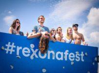 Hrajte o festivalový Rexona balíček pre ženy plný super vecí!