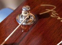 Vyhraj s GUITARSHOP gitaru Fender v hodnote 529 eur