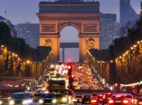 Vianočná súťaž o 2 letenky do Paríža