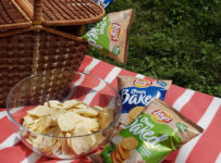 Súťaž o piknikový kôš s chipsam iLay's Oven a piknikovou dekou