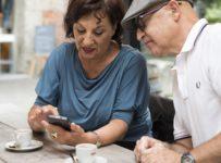Súťaž o najnovší smartfón pre seniorov od značky DORO