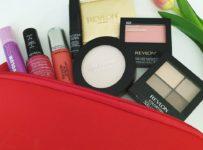 Súťaž o 3 balíčky dekoratívnej kozmetiky Revlon Slovensko v hodnote 80 €