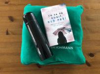 Súťaž o flísovú deku v praktickom vrecku Deichmann, šikovnú termosku a knihu