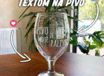 Súťaž o pivový pohár s vygravírovaným textom