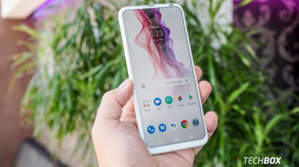 Súťaž o smartfón Motorola one fusion+